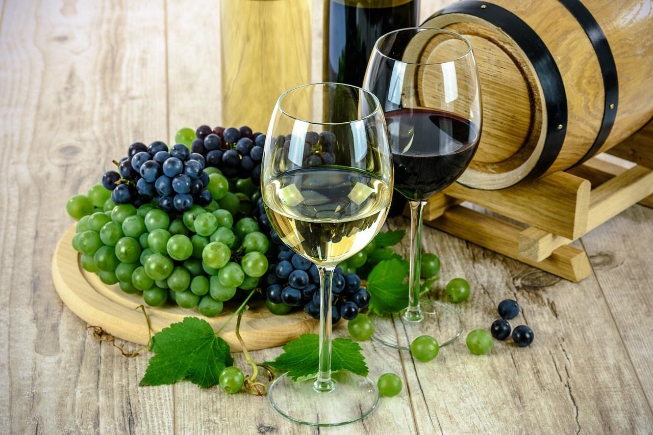 Find hvidvin til din næste fest online